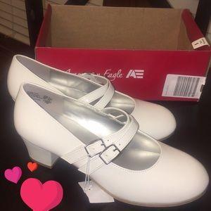 American Eagle girls dress shoes